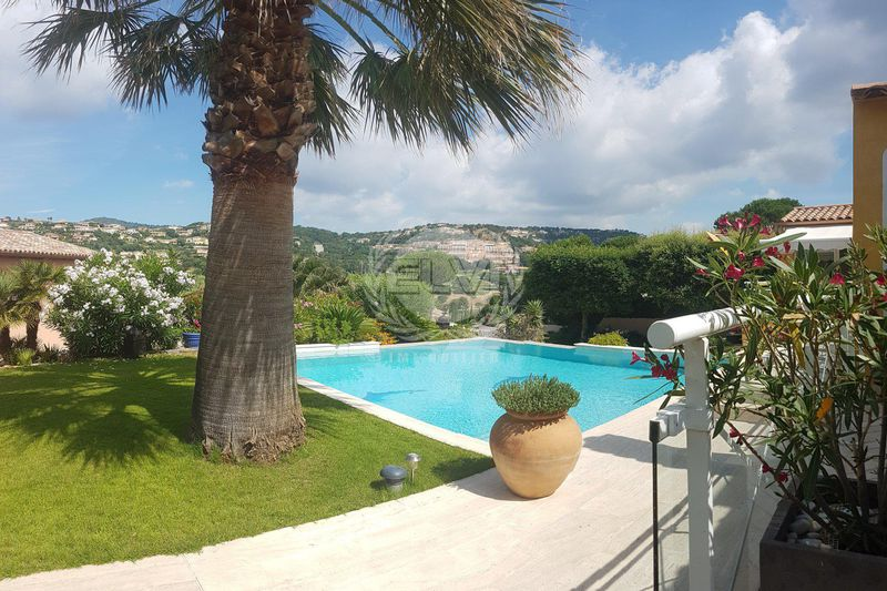 House Sainte-Maxime   to buy house  5 bedrooms   184 m²
