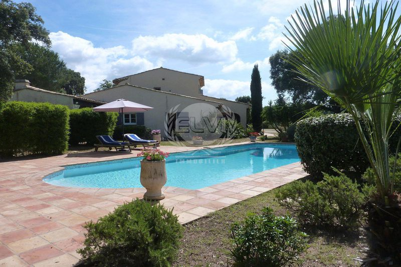 Villa Le Plan-de-la-Tour   achat villa  8 pièces   240m²
