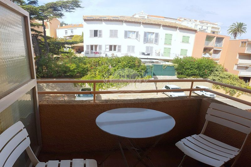 Photo Appartement Sainte-Maxime   achat appartement  1 pièce   17 m²