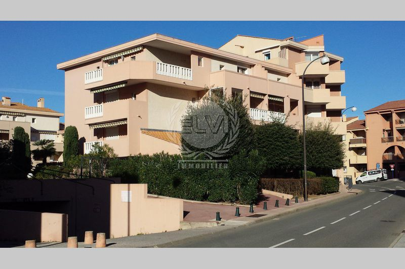 Photo Apartment Sainte-Maxime   to buy apartment  2 rooms   28 m²