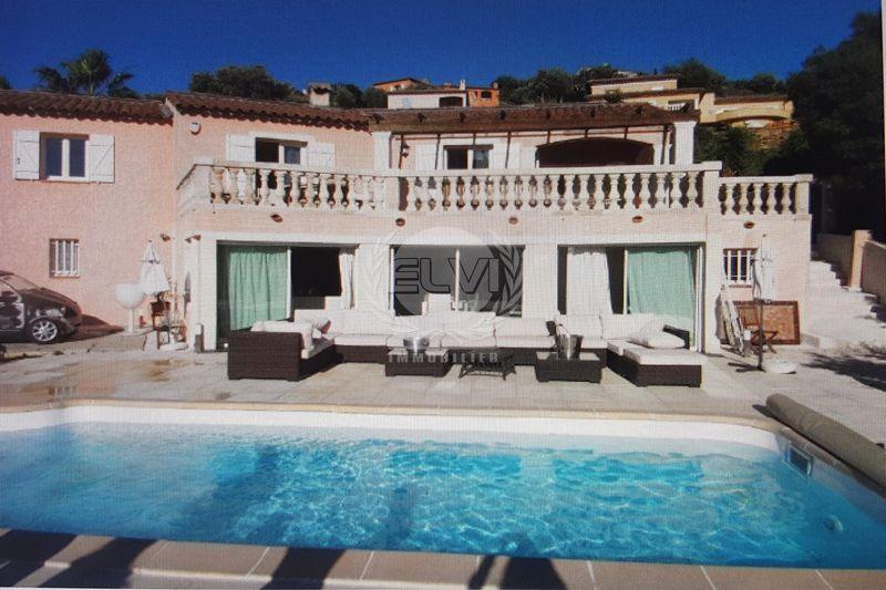 Villa Sainte-Maxime   achat villa  5 chambres   240m²