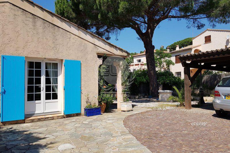 Maison Sainte-Maxime   achat maison  3 chambres   210m²