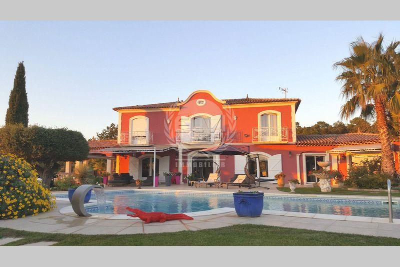 Villa Sainte-Maxime   achat villa  6 pièces   310m²