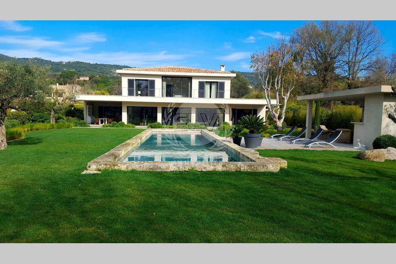 Propriété Le Plan-de-la-Tour   achat propriété  7 chambres   347m²