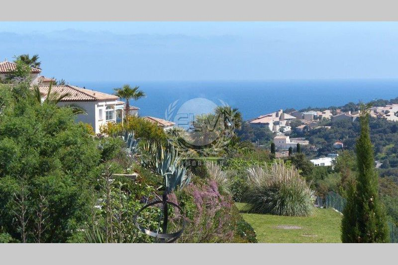Villa Les Issambres   to buy villa  4 bedrooms   160 m²