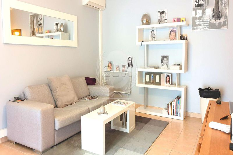 Photo Appartement Sainte-Maxime   achat appartement  3 pièces   69 m²