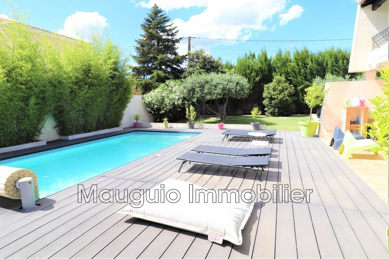 House Clarensac   to buy house  5 bedroom   170m²