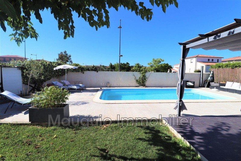 Photo House Mauguio   to buy house  5 bedroom   143m²