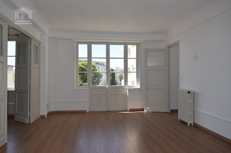 Photo Apartment Cannes  Rentals apartment  3 rooms   80m²