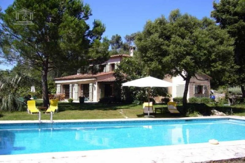 Photo Villa Montauroux   to buy villa  7 rooms   290 m²