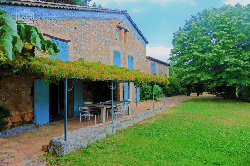 Villa Fayence   achat villa  7 chambres   280m²