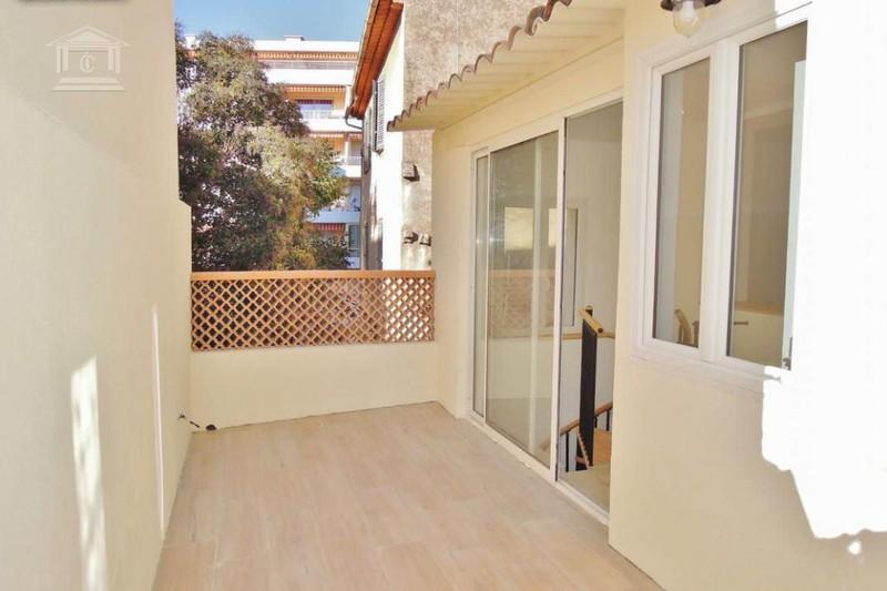 Appartement Le Cannet   achat appartement  2 pièces   52m²
