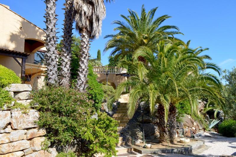 Villa La Croix-Valmer   achat villa  6 pièces   200m²
