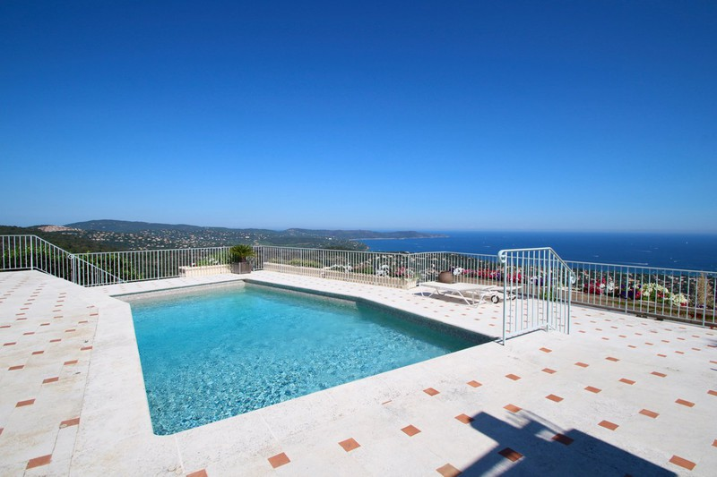 House Cavalaire-sur-Mer   to buy house  7 rooms   250 m²