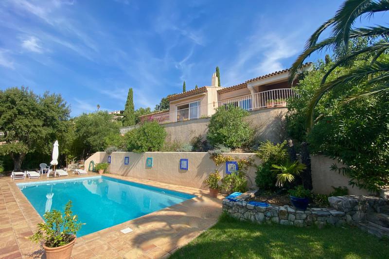 Villa Cavalaire-sur-Mer   achat villa  4 chambres