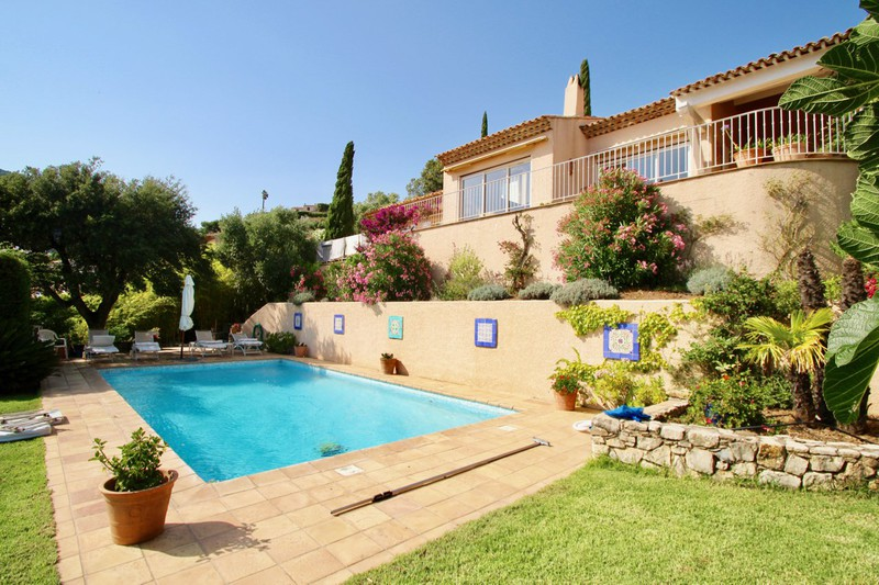 Photo Villa Cavalaire-sur-Mer   to buy villa  4 bedrooms