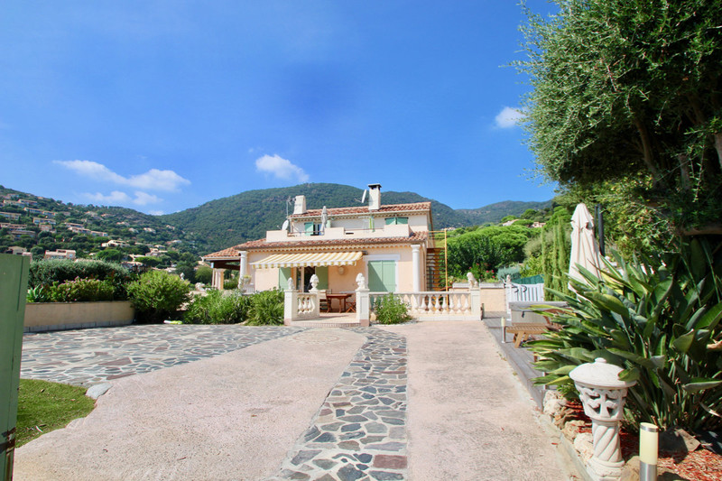 Villa Cavalaire-sur-Mer   to buy villa  9 bedrooms   275 m²