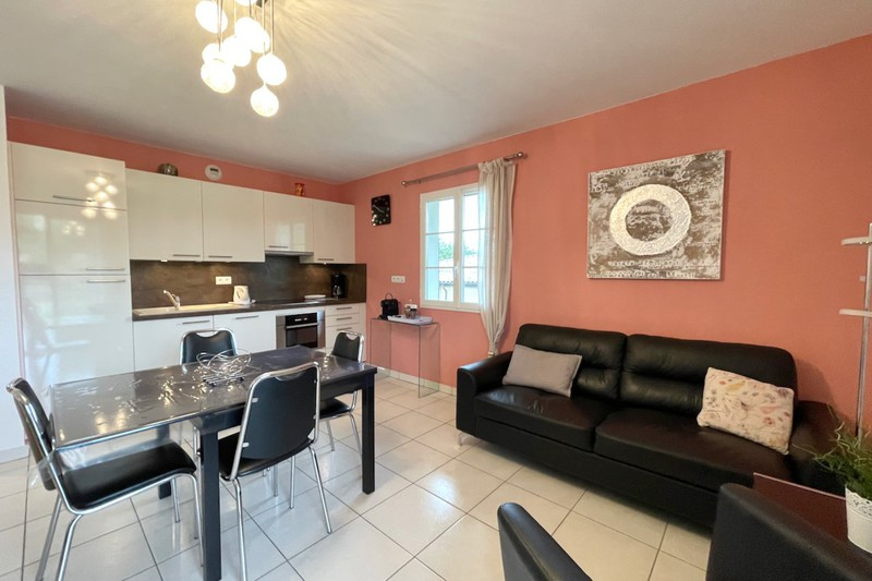 Appartement La Croix-Valmer   achat appartement  3 pièces   57m²
