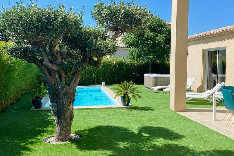 Photo Villa Cogolin   achat villa  3 chambres   130m²