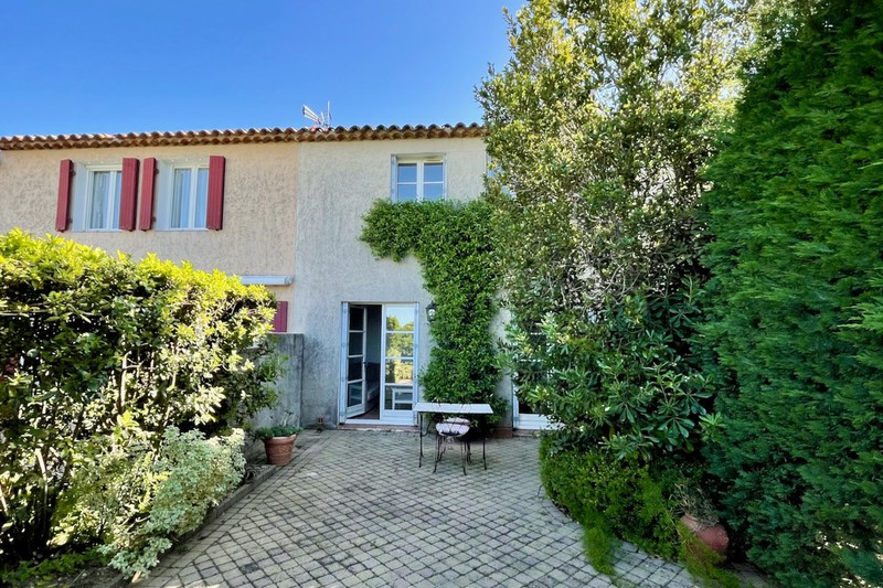 House Gassin Village,   to buy house  4 rooms   73m²