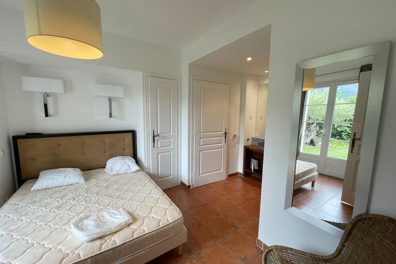 Photo Villa Cavalaire-sur-Mer   to buy villa   95m²
