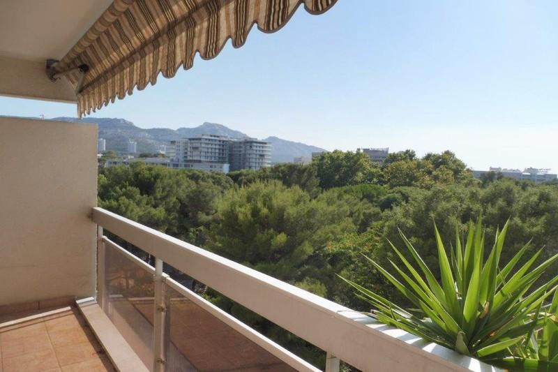 Appartement Marseille  Location appartement  3 rooms   73m²