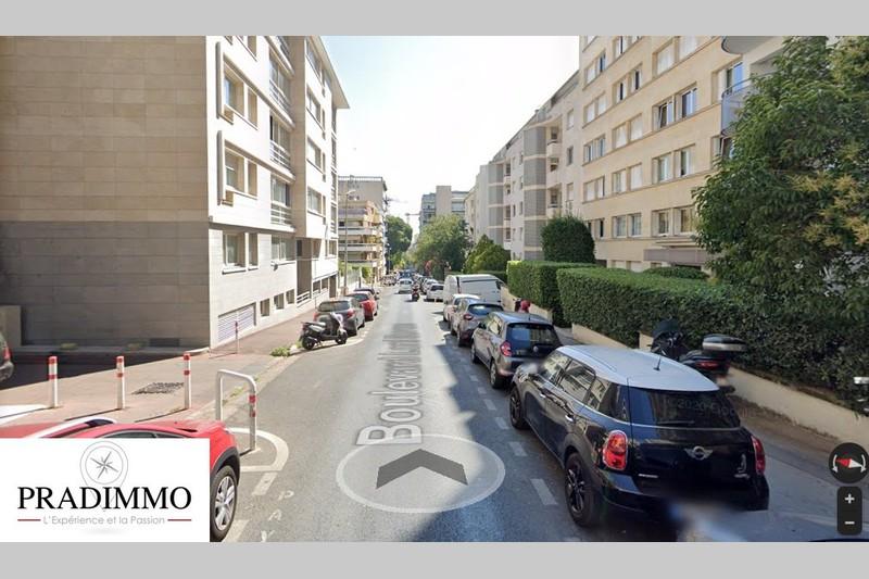 Murs commerciaux Marseille  Professionnel murs commerciaux   110m²
