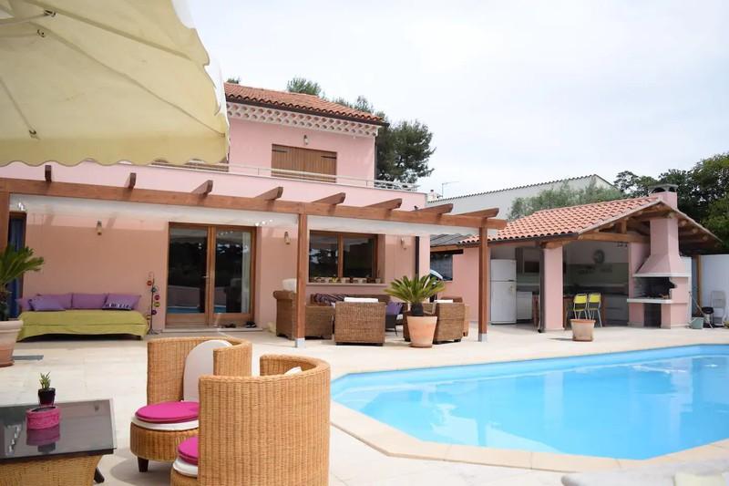 Villa Saint-Cyr-sur-Mer   achat villa  5 chambres   280m²