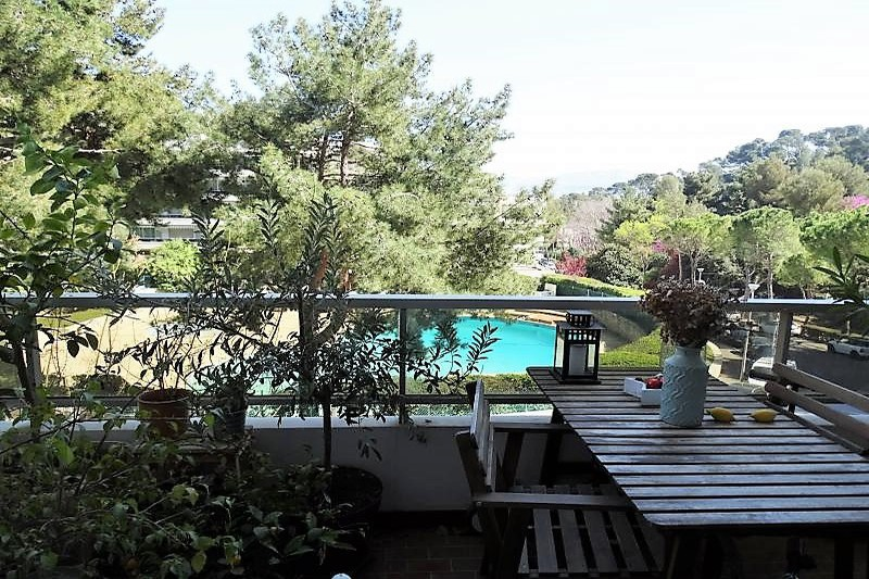 Photo Appartement Marseille   to buy appartement  3 rooms   90m²