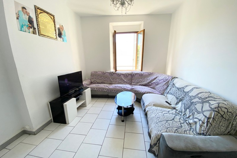 Photo Appartement Marseille   to buy appartement  3 rooms   45m²