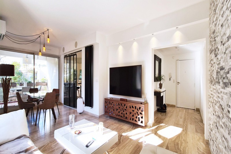Photo Appartement Marseille   to buy appartement  4 rooms   97m²