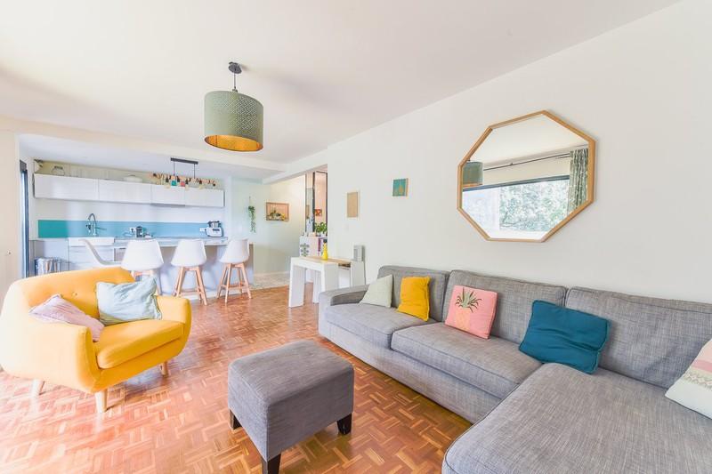 Photo Appartement Marseille   achat appartement  3 pièces   75m²