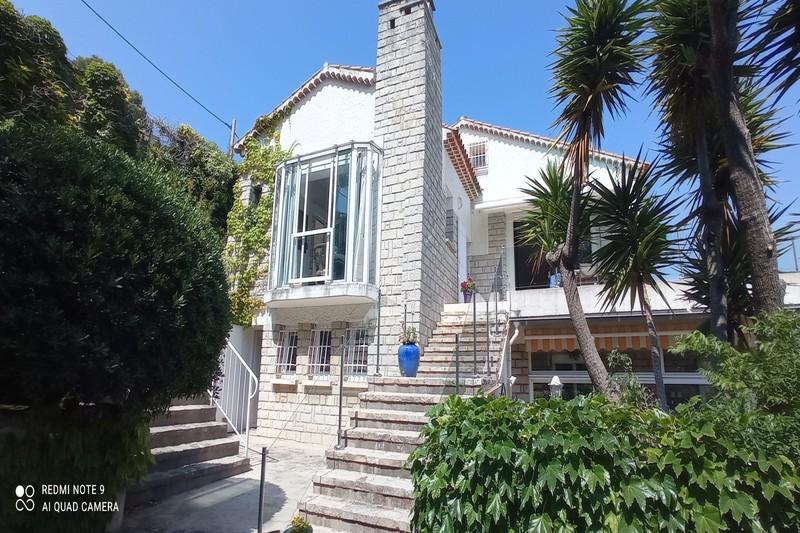 Appartement Cassis   achat appartement  6 pièces   165m²