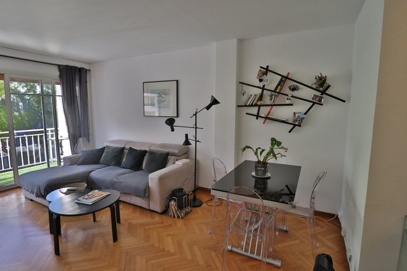 Photo Appartement Marseille   achat appartement  3 pièces   66m²
