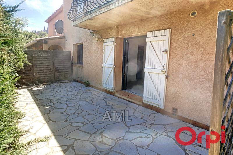 Photo Appartement Sainte-Maxime  Location appartement  3 pièces   57m²