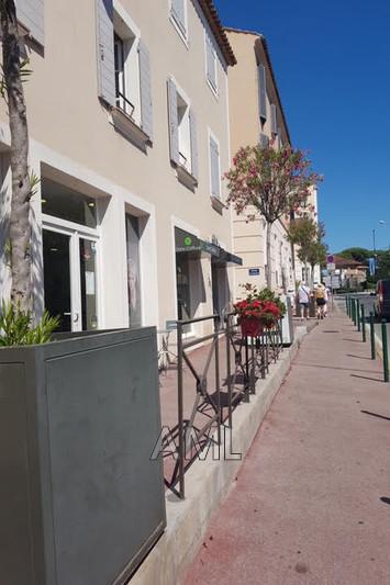 Photo  Saint-Tropez Centre ville,  Professionnel    53m²