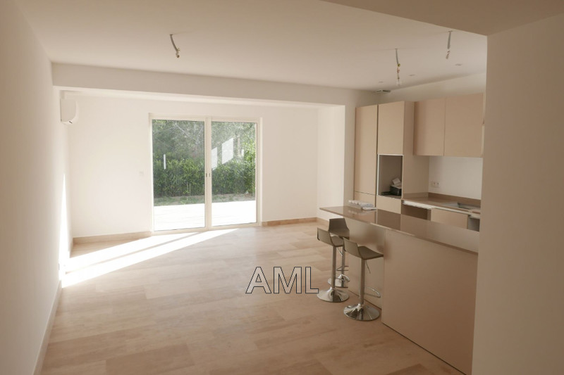 Photo House Sainte-Maxime Proche centre ville,   to buy house  4 bedroom   118 m²