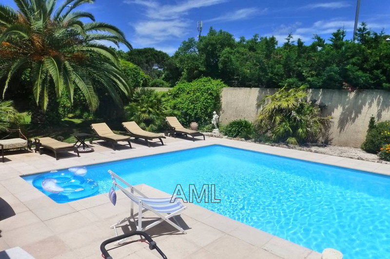 Photo House Sainte-Maxime   to buy house  4 bedroom   167 m²