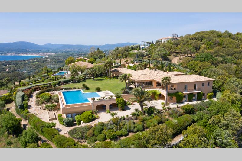 Photo Maison Grimaud Beauvallon,   achat maison  6 chambres   425m²