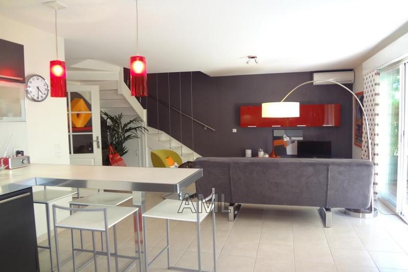 Photo Maison Sainte-Maxime   achat maison  2 chambres   75m²