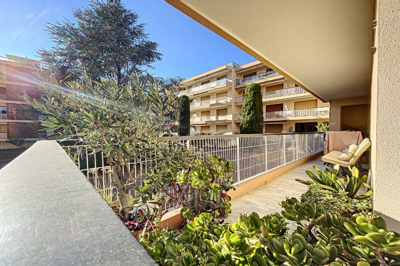 Photo Apartment Sainte-Maxime   to buy apartment  4 rooms   91 m²