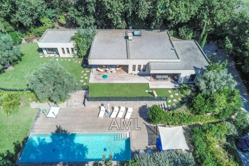 Photo Maison Grimaud   achat maison  3 chambres   223m²