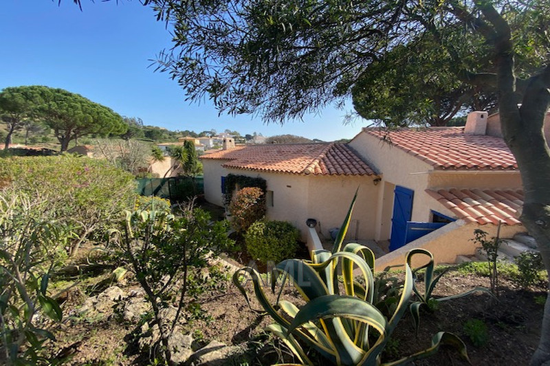 Photo House Sainte-Maxime La beaumette,   to buy house  2 bedroom   98 m²