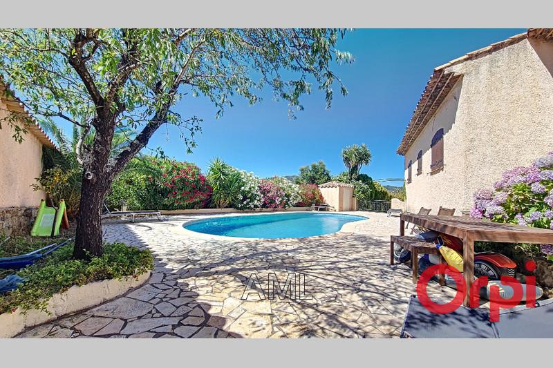 Photo Maison Sainte-Maxime   achat maison  4 chambres   180m²