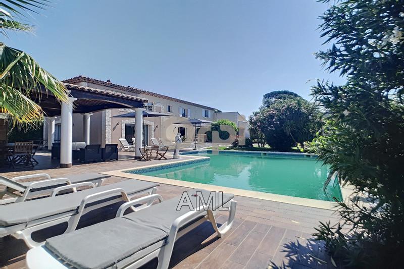 Photo Maison Grimaud Plage,   achat maison  5 chambres   280m²